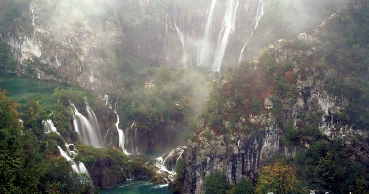 How were magnificent waterfalls and lakes in Plitvice Lakes created?