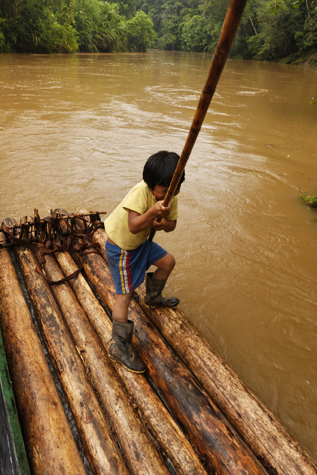 ecuador, macas, shuar, indian, village, amazon, jungle, oriente, raft, boy