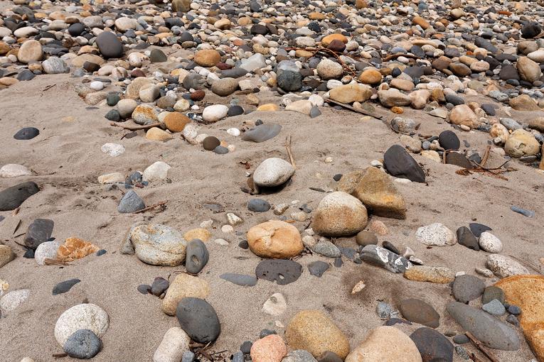 ecuador, anzu, shangrila, rio, rivers, amazon, lodge, ecotourism, andes, jungle, gravel, pebble