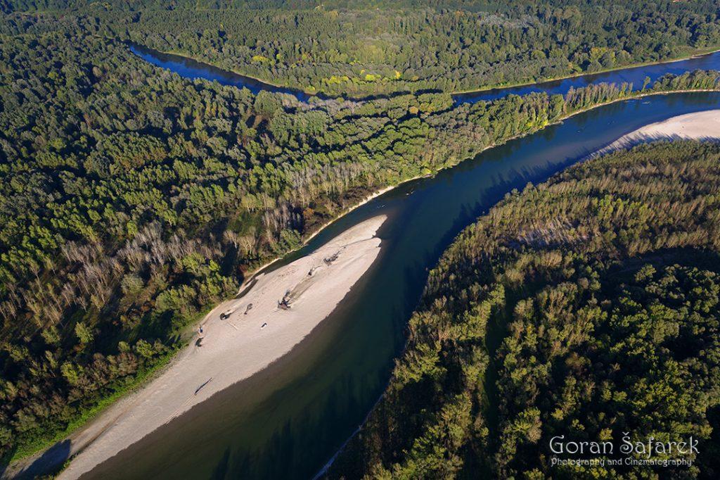 rivers, floodplain, mouth,bar