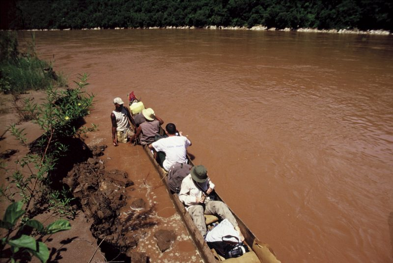 The Tsiribina River – the oasis in the dry west of Madagascar